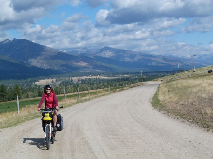 We tried a little bit of easy gravel road to see how I would get on. It was nice to get away from the cars