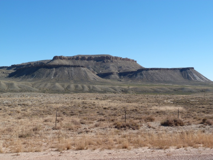 The bleak, treeless, MartiaN like landscape of Wyoming